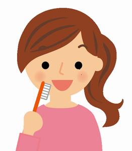 口臭の原因は?改善する歯磨き法・食べ物でも予防できる?